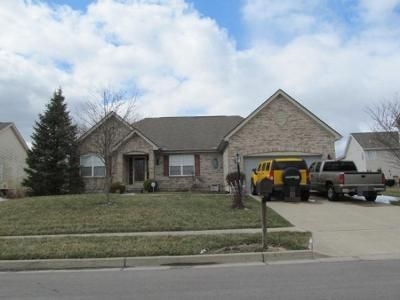 3 Bed 2 Bath Preforeclosure Property in Englewood, OH 45322 - Windpointe Way
