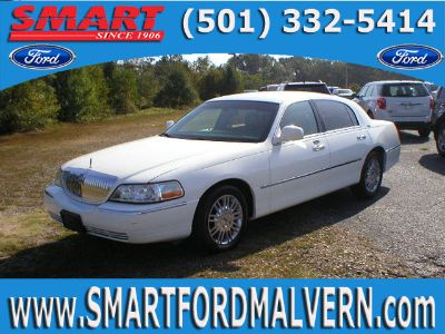 2008 Lincoln Town Car Signature Limited (Vibrant White Clearcoat)