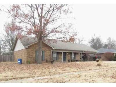 3 Bed 2 Bath Foreclosure Property in Blytheville, AR 72315 - W Pecan St