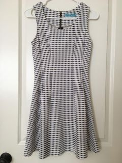 EUC From Francesca's-Dress Size Small
