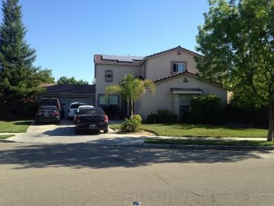 3 Bed 3 Bath Preforeclosure Property in Sanger, CA 93657 - 14th St