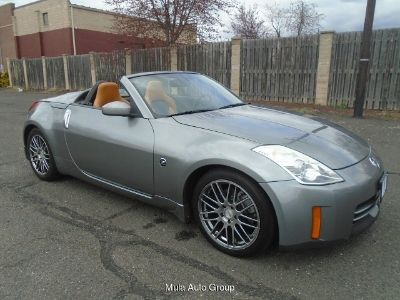 2006 Nissan 350Z Grand Touring Roadster 6-Speed Manual