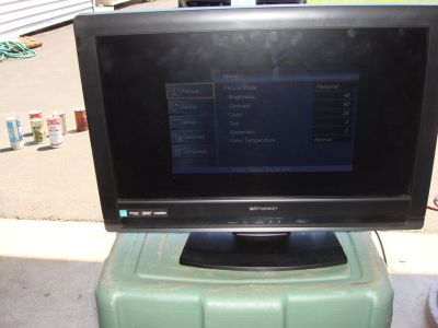 "EMERSON 22 "" MODEL LC220 EMI T.V."