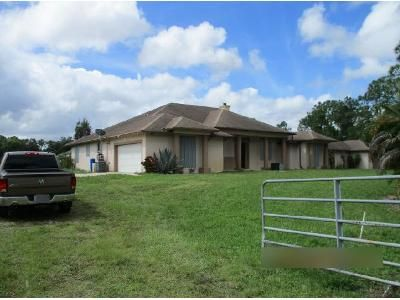 5 Bed 3.5 Bath Foreclosure Property in Loxahatchee, FL 33470 - 66th Ct N