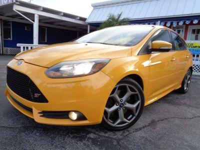 2013 Ford Focus ST (Tangerine Scream Tri-Coat)