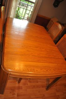 Keller Contemporary Dining Room Table and 4 Chairs
