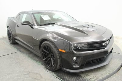 2014 Chevrolet Camaro ZL1 (black)