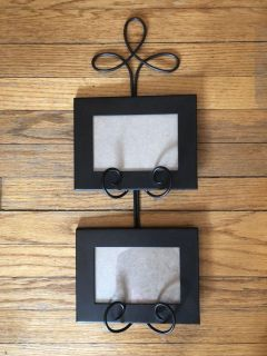 Picture frame metal wall mount 4x6 photos