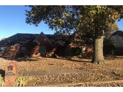 3 Bed 2.0 Bath Preforeclosure Property in Memphis, TN 38125 - Creek Bend Dr