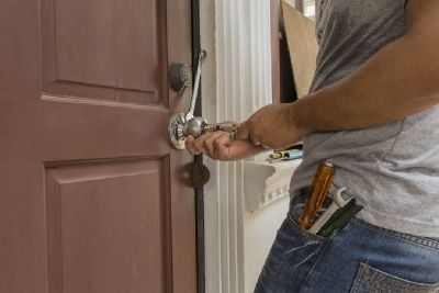Find Professional and Economic Re-key Locksmith Services