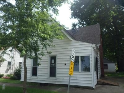 4 Bed 3 Bath Foreclosure Property in Greens Fork, IN 47345 - N Main St