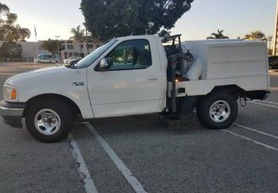 2001 Ford F150-Sweeper-Truck