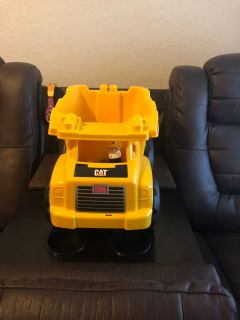 Large Mega Blocks dump truck $3