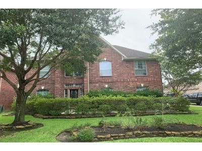 4 Bed 3 Bath Preforeclosure Property in Humble, TX 77346 - Trophy Place Dr