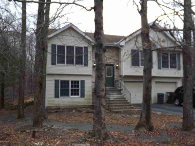 5307 Apache Trl Tobyhanna Three BR, Large Bi-Level Offering A