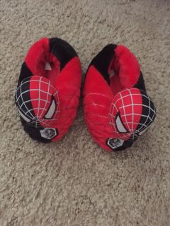Spider man house slippers size 13/1