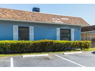 2 Bed 2 Bath Foreclosure Property in West Palm Beach, FL 33403 - Park Ave Apt B4