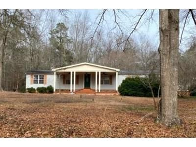 3 Bed 2 Bath Foreclosure Property in Santee, SC 29142 - Myrtle Dr