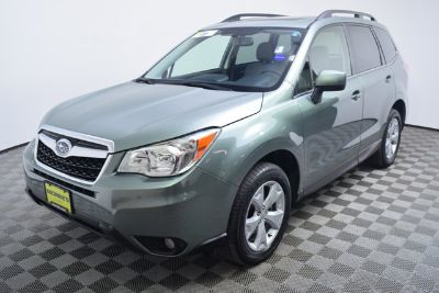 2016 Subaru Forester 2.5i Limited (green)