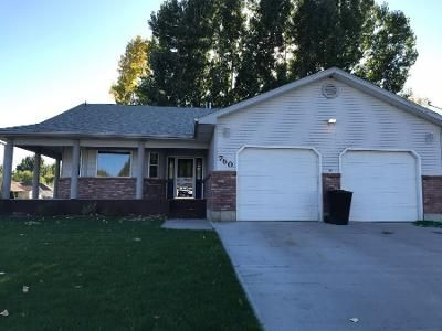 4 Bed 3 Bath Preforeclosure Property in Shelley, ID 83274 - Aspen Ave