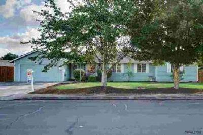 3876 48th Av NE Salem, Wonderful Five BR Two BA family home.