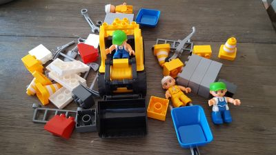 Megs Bloks type Construction Set