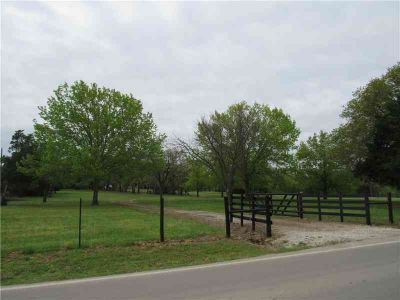 7360 Retta Mansfield Road MANSFIELD Two BR, Situated on one of