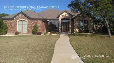 Single-family home Rental - 4001 Woodhaven Dr