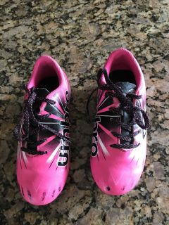 Ombr soccer shoes