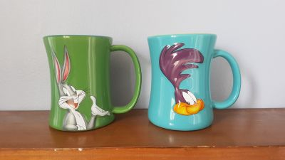 Warner Brothers Bugs Bunny and Roadrunner Large Coffee Mug / Tea Cup