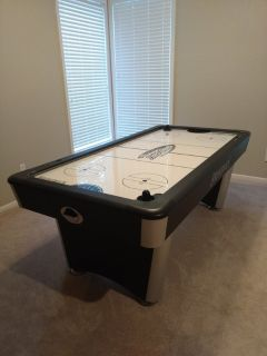 New air hockey table