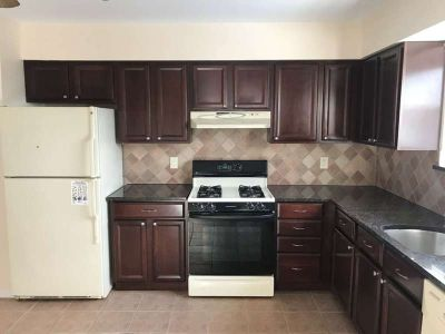 3 Bedroom Apt for RENT ($2,300) in Country Club/Throgs Neck Area