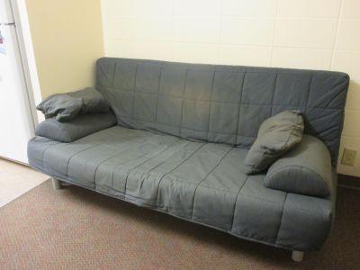 Futon / Sleeper Sofa
