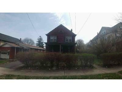 4 Bed 1.5 Bath Foreclosure Property in Syracuse, NY 13203 - Lincoln Park Dr