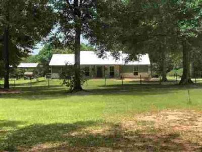 19200 S Hwy 92 Spurger, Beautiful home with Three BR