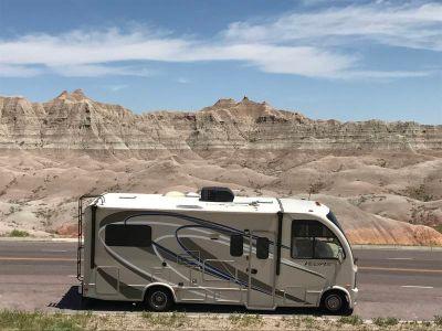 2015 Thor Motor Coach Vegas 24.1