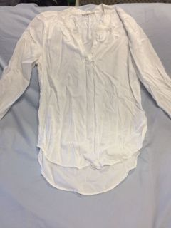 Very soft white top, med