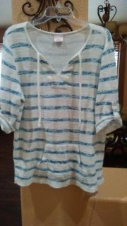 Super cute top to wear with your jeans size M fits like a L or XL $4