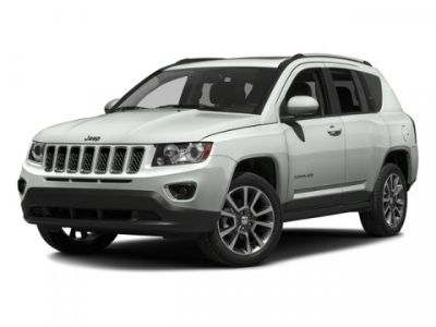 2016 Jeep Compass Latitude (Eco Green Pearlcoat)