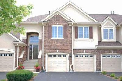 Vernon Hills Town Home