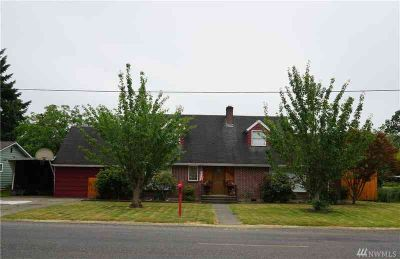 1633 SW Snively Ave Chehalis Three BR, Restored home in Snively