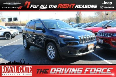 2018 Jeep Cherokee Latitude (Patriot Blue Pearlcoat)
