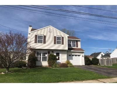 4 Bed 1.5 Bath Foreclosure Property in Troy, NY 12180 - Delaware Ave