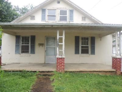 4 Bed 1 Bath Foreclosure Property in Kingsport, TN 37664 - Nall St
