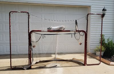 Full Size Hockey Net with Wings