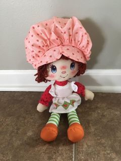 New without tags Strawberry Shortcake Doll