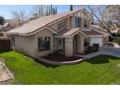4 Bed 3 Bath Foreclosure Property in Palmdale, CA 93551 - Cocina Ln