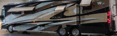 2013 Winnebago TOUR 42QD