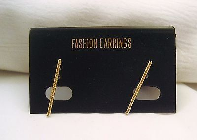 NWT gold tone stick ribbed twisted stud post dainty cute fashion earrings