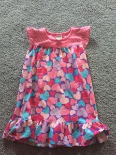 Children s place 3t nightgown, $2.00, located in Bethlehem. Cross posted.